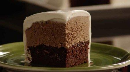 فیلم آموزش طرز تهیه کیک بستنی