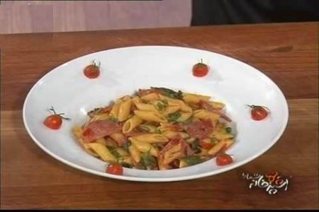 فیلم آموزش طرز تهیه پنه با کالباس، گوجه و ریحان - آقای حمیدرضا رنجبر