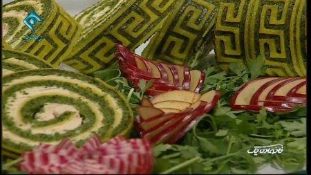 فیلم آموزش طرز تهیه رولت کوکو سبزی طرح دار - خانم مریم صرافها